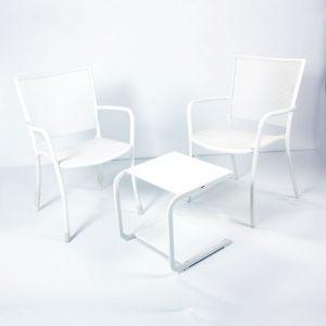 Tavolo basso Emu mod Holly bianco sedie mod Athena bianche