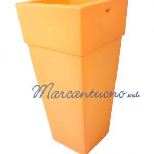 Vaso piramidale colore arancio cod MA5CAC